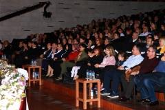 Orhangazi Salonu'ndaki konseri çok sayda davetli izledi.